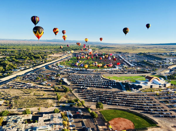 flying high | Albuquerque Balloon Fiesta