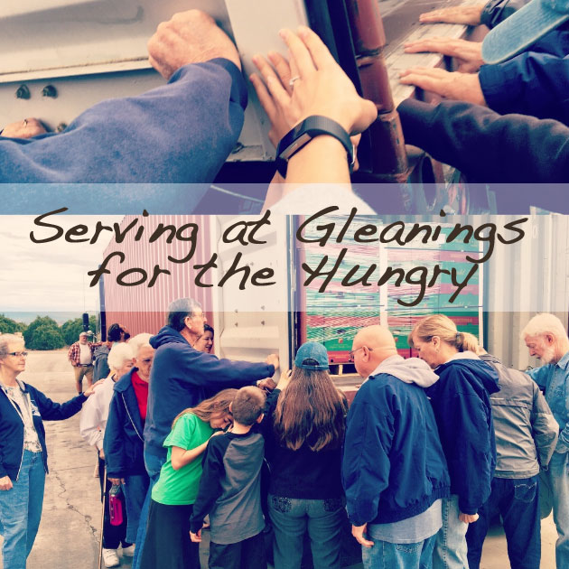serving as a family at Gleanings for the Hungry | Dinuba, CA